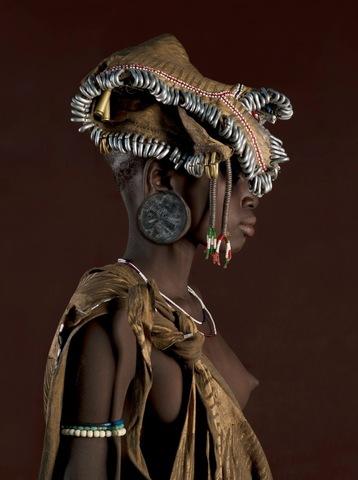 Girl from Ethiopia's Mursi tribe (c) Jaime Ocampo-Rangel